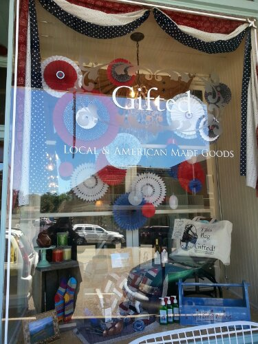 Independence Day / Anniversary Display window at Gifted Gift Shop